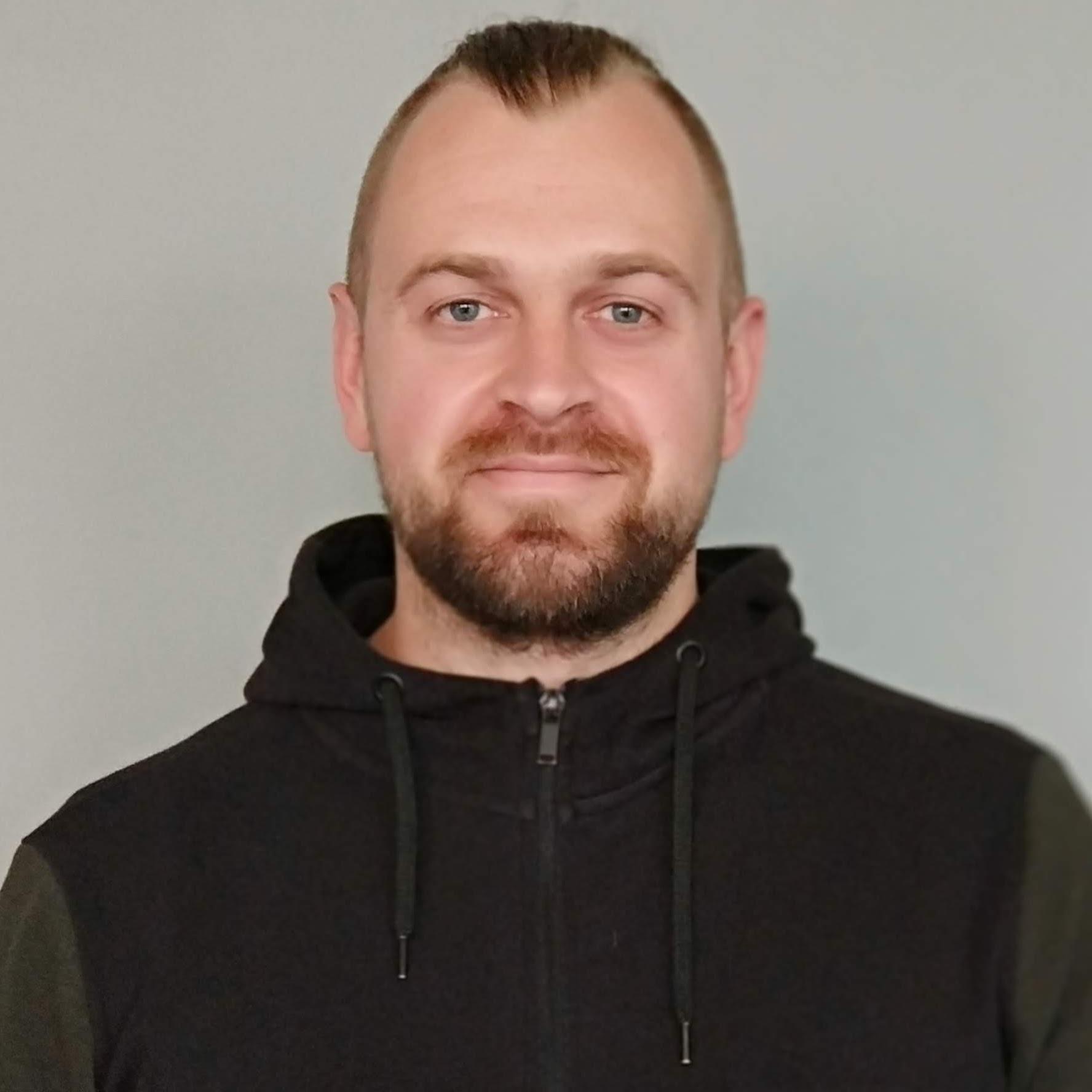 Руслан Оболонский